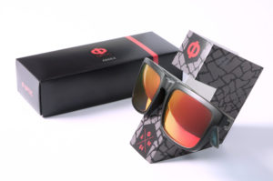 Custom sunglasses packaging and holder
