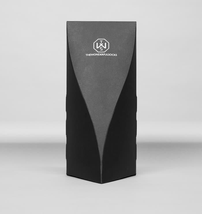 Elegant boxes for socks