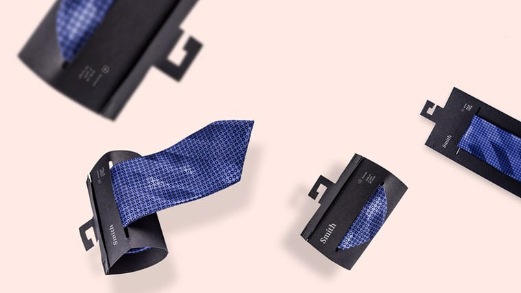 Hanging fashion packaging for neckties
