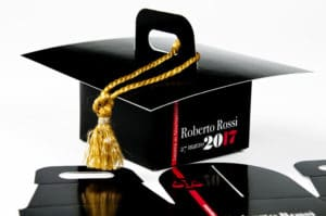 Amazing custom comfit and favor boxes for your graduation!