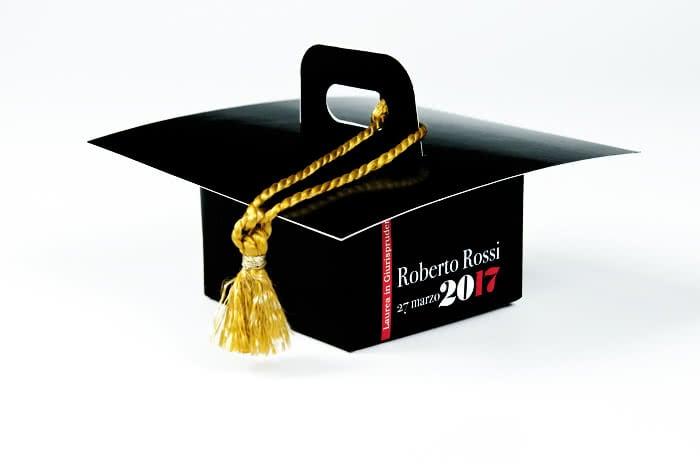 packaging per laurea personalizzato cappello