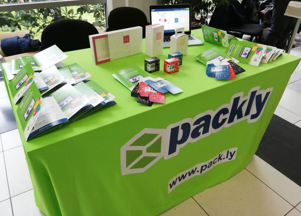 packly-sponsorship-play copy.