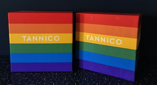 Rainbow wine boxes by Tannico for the Pride