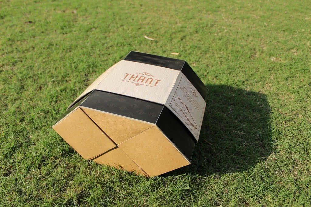 Thaat shoe box