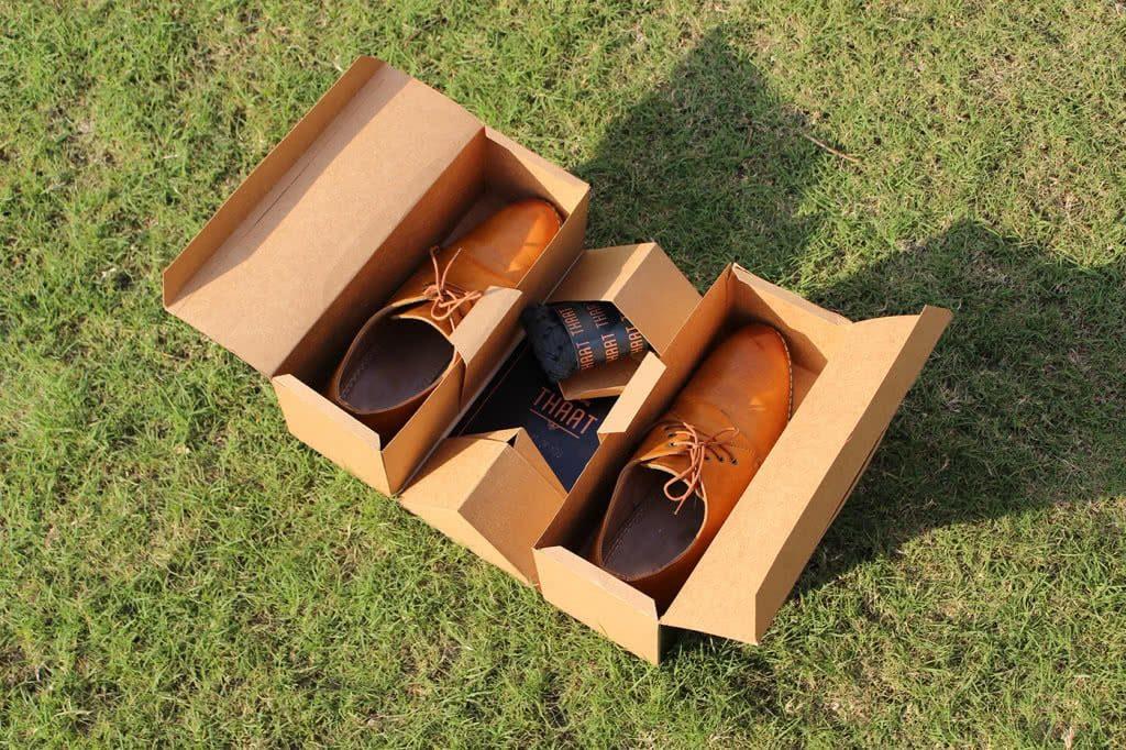 Thaat open shoe box