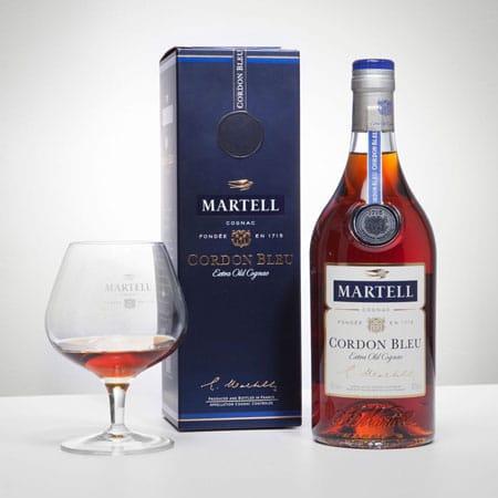 Packaging blu regale per cognac francese
