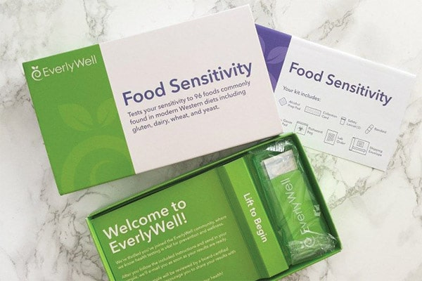 Food sensitivity at home kit box