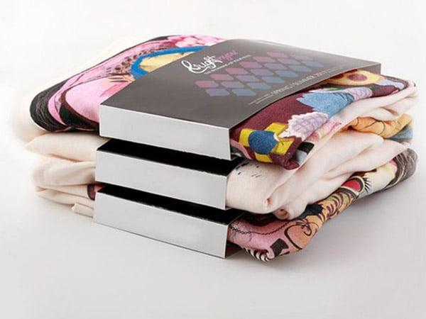 Fascetta come packaging per capi di abbigliamento