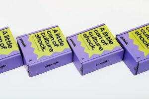 Packaging as a teaser: the Peak case
